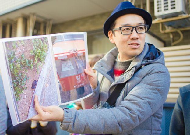 石井公二(片手袋研究家)の職業(仕事)や収入は?なぜ集めるのか理由や結婚も調査【マツコの知らない世界】